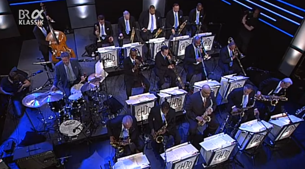 The_clayton-hamilton_jazz_orchestra_feat